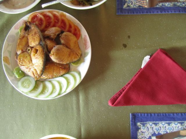 Fried seer fish for our lunch on the houseboat